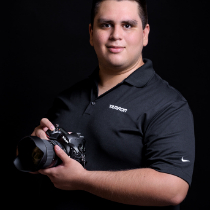 Photographer David Eliud Gil Samaniego Maldonado