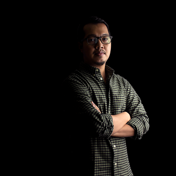 Photographer Aung Myat Thu